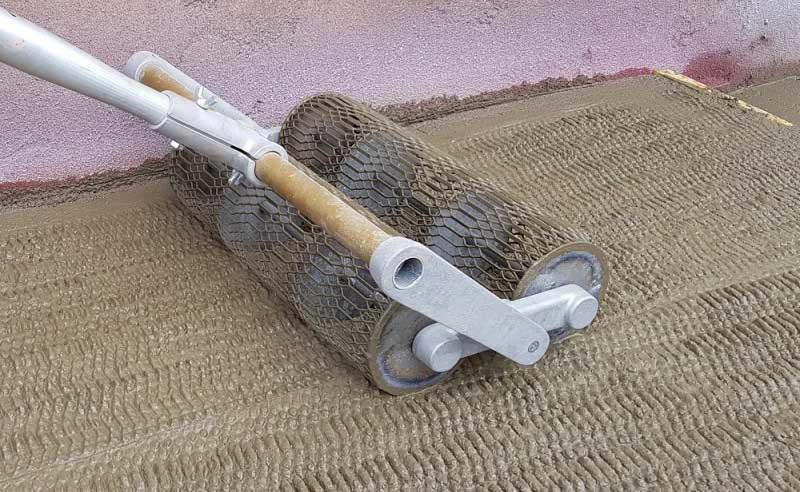 Comment utiliser le rouleau Lissarde de béton?
