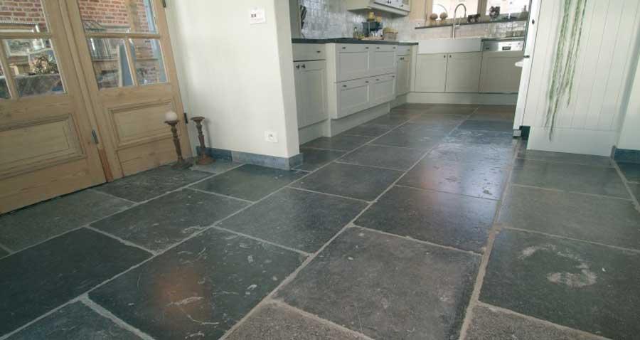 sol en pierre naturelle pour cuisine