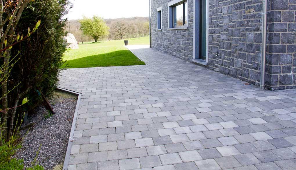 Pavés beton pour terrasse